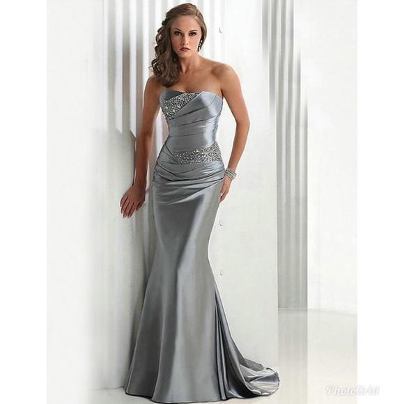 Silver Strapless Dresses